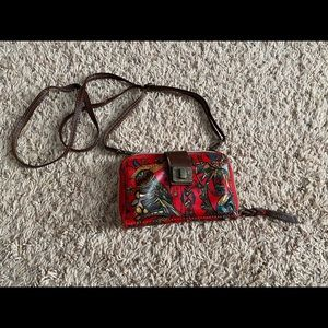 Barely used Sakroots crossbody